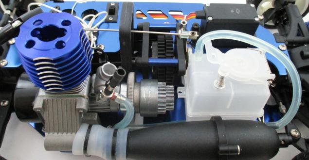 ラジコンカーエンジンのメンテナンス