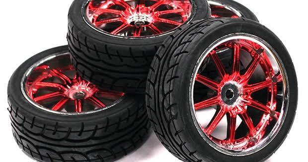 ラジコンカーのゴムタイヤ