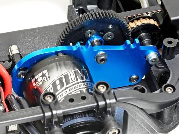 タミヤ「TA07 PRO」モーター搭載位置が選べるツーリングカー