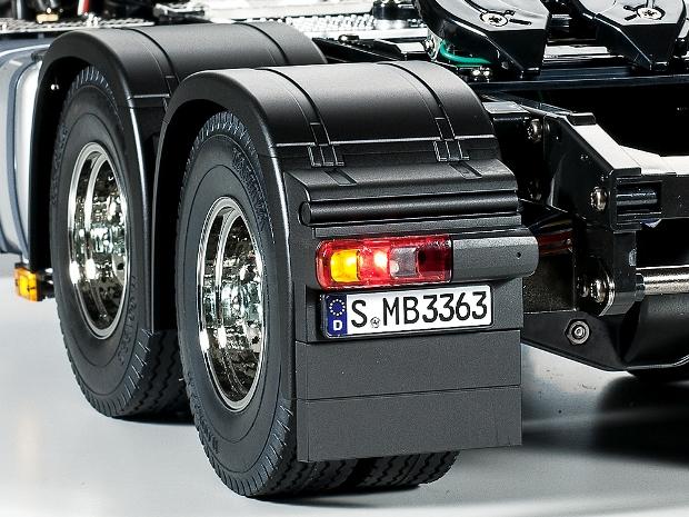 タミヤ ビッグトラックRCカー【メルセデス・ベンツ アロクス3363 6×4 クラシックスペース】をレビュー